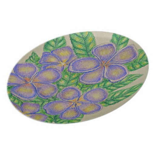 Flores púrpuras plato de comida