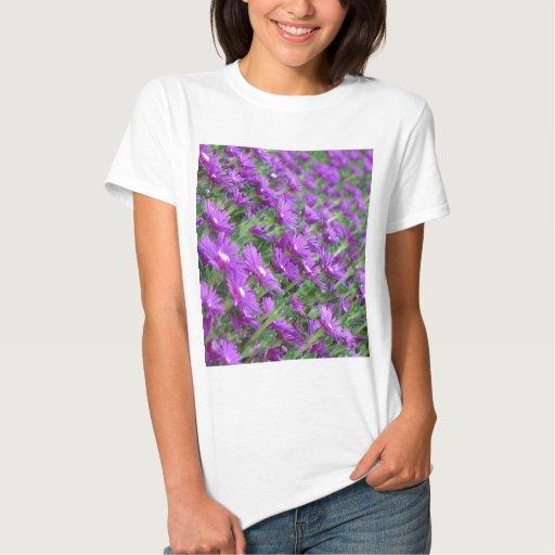 Flores púrpuras remera