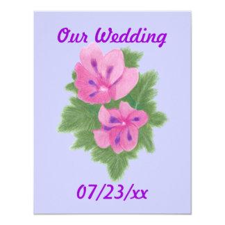 """Flores púrpuras rosadas de los geranios que casan invitación 4.25"""" x 5.5"""""""