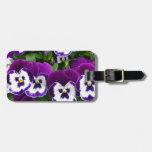 Flores púrpuras y blancas etiqueta para maleta