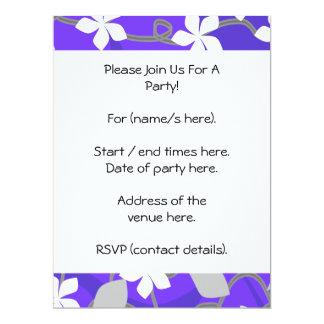 """Flores púrpuras y blancas. Modelo floral Invitación 6.5"""" X 8.75"""""""