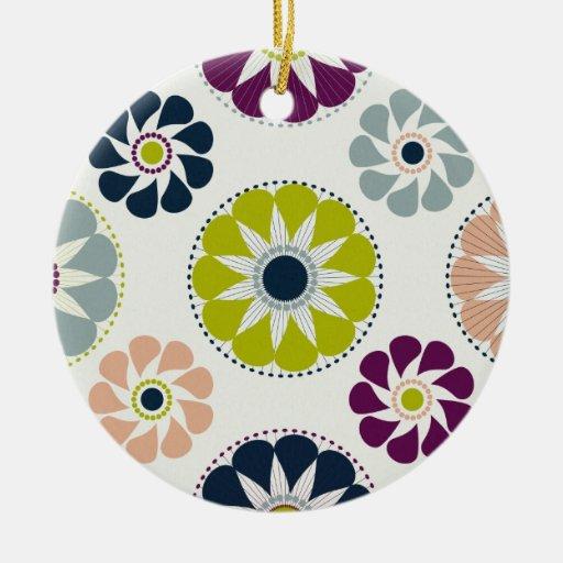 Flores retras enrrolladas adorno navideño redondo de cerámica