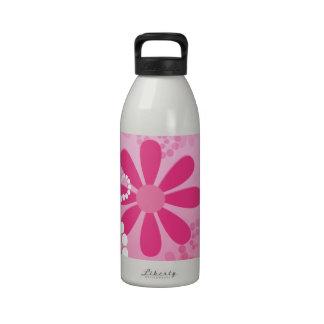 Flores retras femeninas florales rosadas lindas de botella de agua