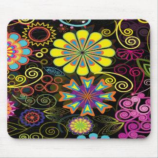 Flores retras grandes coloridas tapete de ratón