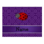 Flores retras púrpuras personalizadas de la postal
