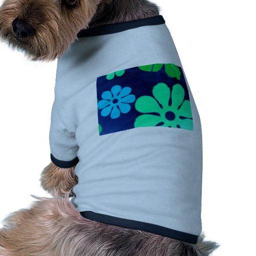 Flores retras ropa de perros
