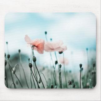 Flores rojas de la amapola tapete de ratón