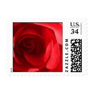 Flores rojas del boda de la postal timbres postales
