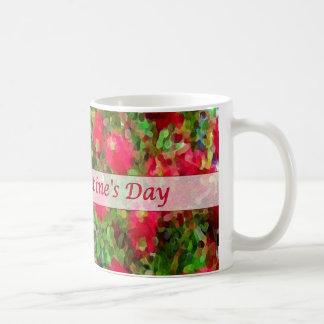 Flores rojas del el día de San Valentín feliz que  Tazas De Café