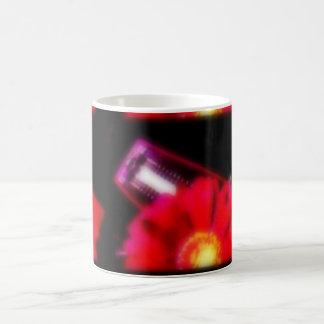 flores rojas/música tazas de café