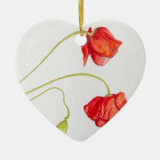Flores rojas pintadas a mano de las amapolas adorno de cerámica en forma de corazón