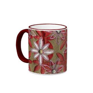 Flores rojas y rosadas acolchadas talladas mano taza a dos colores