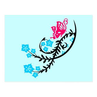 Flores rosadas de la mariposa y de la aguamarina tarjeta postal