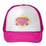 Flores rosadas de Supergirl Gorras