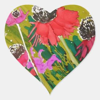 Flores rosadas del cono que se sacuden en la brisa pegatina en forma de corazón