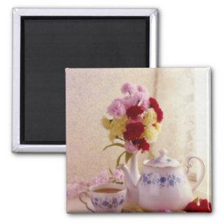 Flores rosadas del juego de té de la cabaña imanes