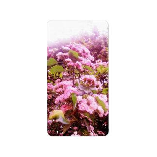 Flores rosadas etiqueta de dirección
