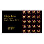 Flores rosadas y amarillas delicadas pintadas en n tarjeta de visita