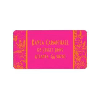 Flores rosadas y anaranjadas de la fruta cítrica etiquetas de dirección