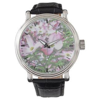 Flores rosados del Dogwood Relojes