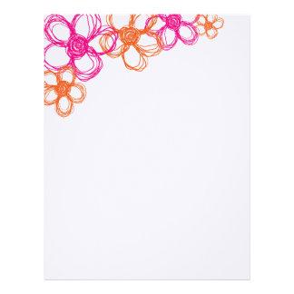 Flores salvajes anaranjadas y rosadas membrete personalizado