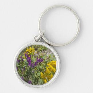 Flores salvajes de Kansas Llavero Redondo Plateado