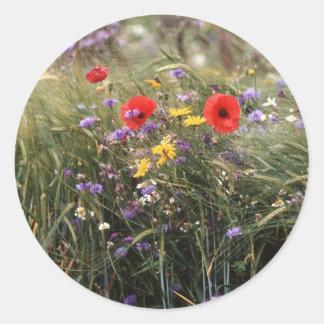 Flores salvajes pegatina redonda
