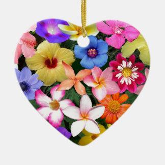 Flores tropicales adorno navideño de cerámica en forma de corazón
