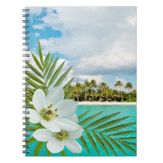 Flores tropicales de la playa de la hawaiana libretas