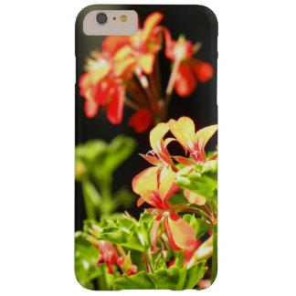 Flores ucranianas funda de iPhone 6 plus barely there