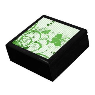 Flores verdes en rayas caja de recuerdo