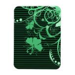 Flores verdes en verde y rayas negras iman rectangular