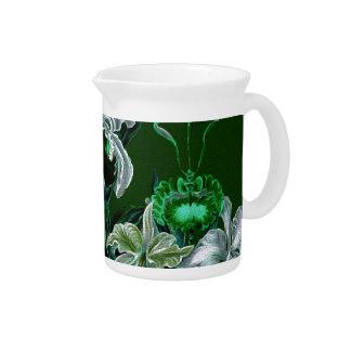 Flores verdes magníficas del vintage jarras para bebida