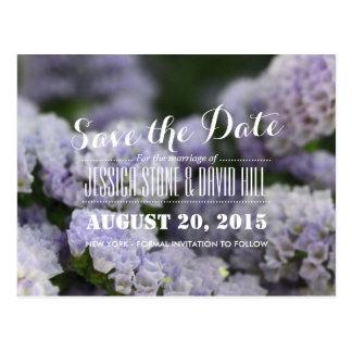 Flores violetas hermosas que casan reserva la fech postal