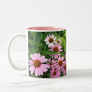 Flores y margaritas del cono tazas de café