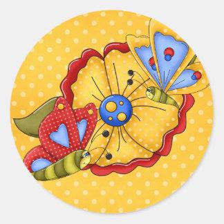 Flores y mariposas bonitas pegatina redonda