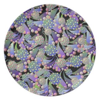 Flores y placa extranjeros de las esporas plato de comida