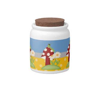 Flores y seta retras de la primavera jarras para caramelos