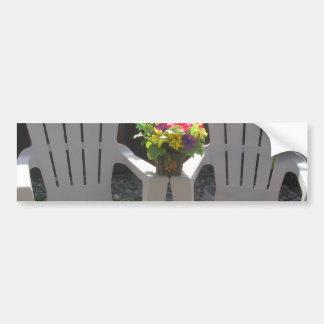 Flores y sillas de Adirondack Etiqueta De Parachoque