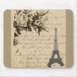 Flores y torre Eiffel francesas viejas Tapete De Ratones
