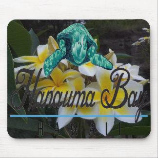 Flores y tortuga del Plumeria de Hawaii Alfombrilla De Ratones