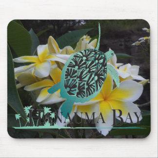 Flores y tortuga del Plumeria de Hawaii Tapetes De Ratones