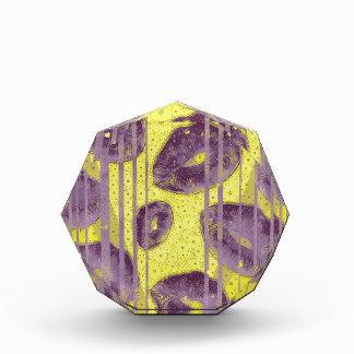 Florescent Yellow Lavender Lips Award
