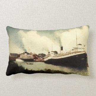 Flota del vapor de Great Lakes en el asilo del sur Cojín