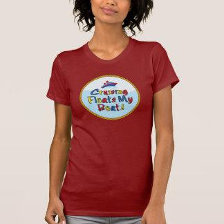 Flota mi camiseta menuda de las señoras del barco