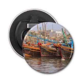 Flota pesquera abrebotellas redondo