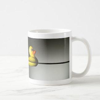 Flotación de goma del pato tazas de café
