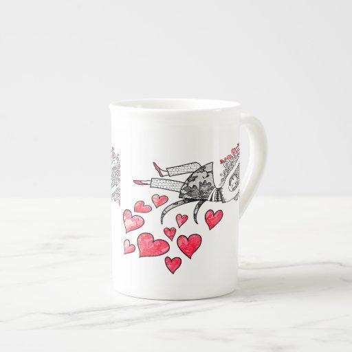 Flotación en amor taza de porcelana