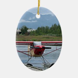 Flote el avión 11, capilla del lago, Anchorage, Adorno Navideño Ovalado De Cerámica