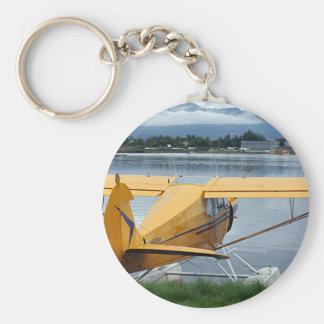 Flote el avión 6, capilla del lago, Anchorage, Ala Llavero Redondo Tipo Pin